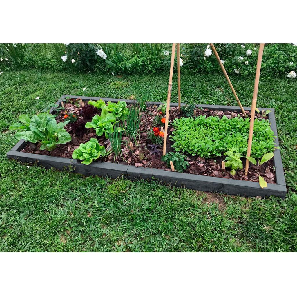 Huerta orgánica de madera plástica con plantines y sustrato